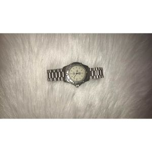 AUTHENTIC TAG HEUER PROFESSIONAL 2000 WOMEN WATCH